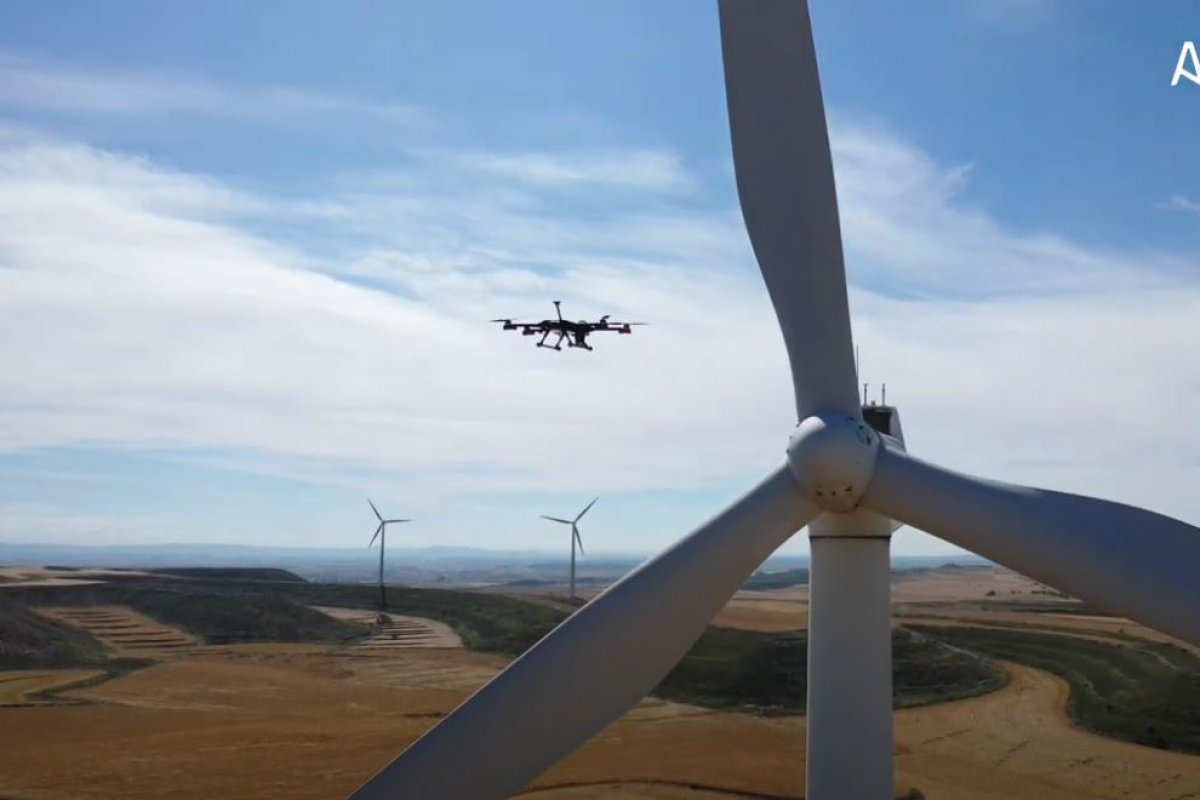 Autonomous wind turbine inspection in single flight